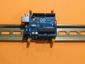 Arduino DIN rail clip & bumper