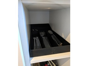 Compact utensil tray