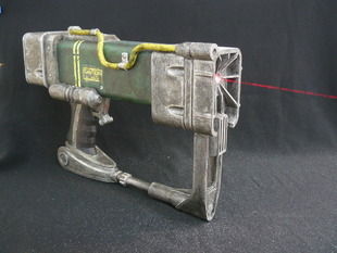 AEP7 Laser Pistol (Fallout)