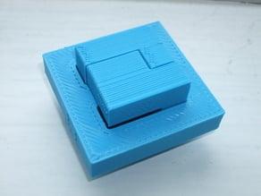 Bisect Cube puzzle by Osanori Yamamoto