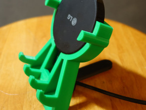 Moderately Minimalist Round Qi Charger and Phone Holder