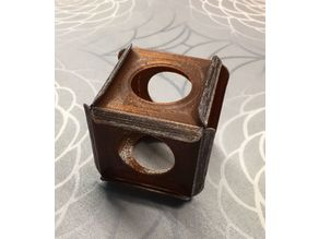 Self locking cube