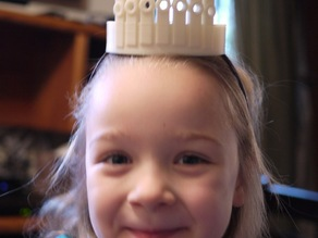 Tiara with holes for standard LEDS (parametric)