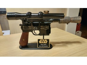 Han Solo Blaster DL-44 Stand