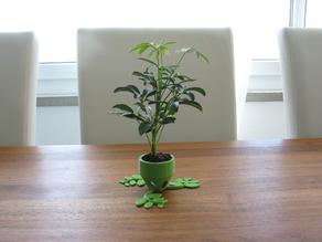 3 small Plant Pots (short, medium & long)