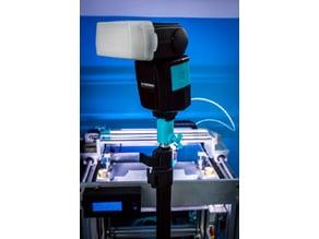 Minolta/Sony flash mount for studio tripod.