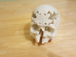 Rotating Skull Gear with snap pins