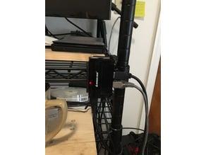 Clip IOGEAR 4 port USB hub to wire shelf