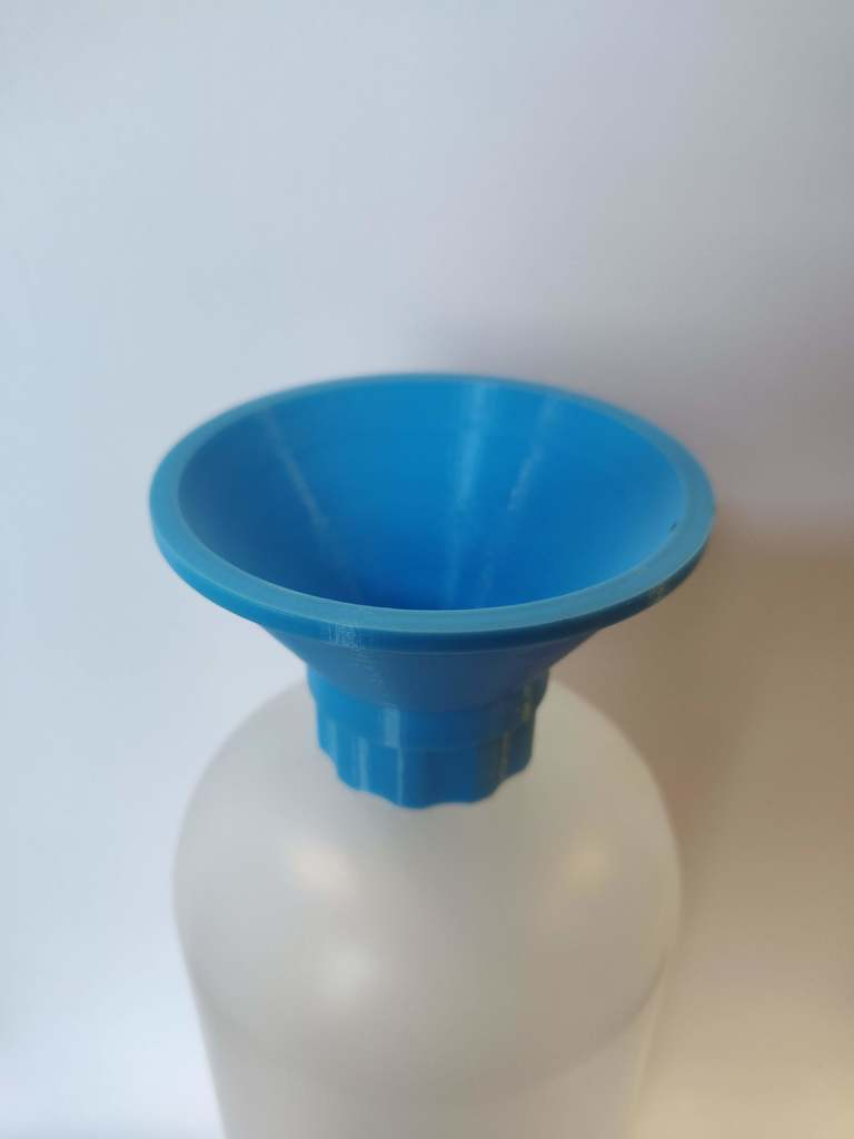 Threaded Bottle Funnel by JBGoodnuf - Thingiverse