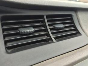 Auto vent support clip