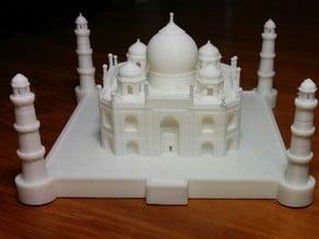 Nicely detailed model of the Taj Mahal