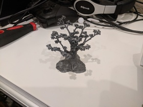Gloomhaven Tree with Leaves