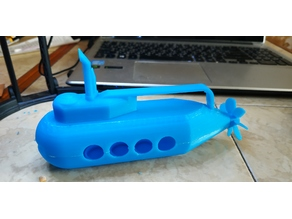 Toy submarine with spinning propeller
