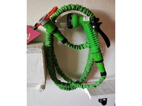 Garden Hose Wallmount - for smaller expandable hoses
