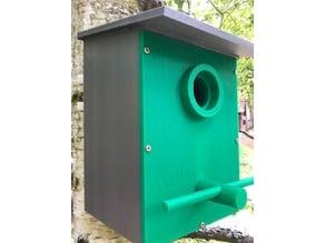 Birdhouse with tree mount