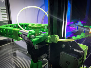 Ender & CR-10 Filament Guide with built-in locking PTFE tube coupler