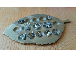 Leaf Earring Dimple Tray