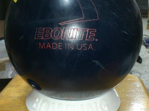 Bowling Ball Stand with Logos/Texts (Solidworks 2014)