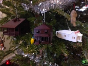 House & Cabin Models/Ornaments