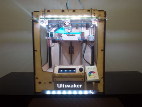 "Ikea Dioder Clip-on Mount with Illuminated ""UltiMaker"" Letters"