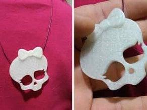 Monsters high  skull pendant
