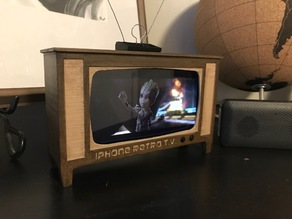 Iphone plus retro t.v.