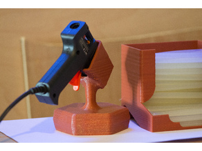 Hot glue gun stand (7mm)