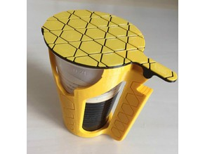 Cup holder with lid