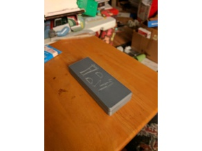 Slim Magnetic dice Box