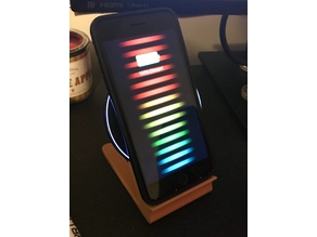 iPhone 8 Plus Qi Charging stand