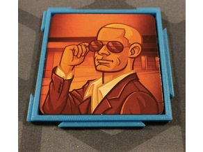 Codenames Pictures Interlocking Card Plate