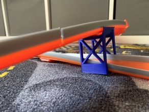 Hotwheels looping support
