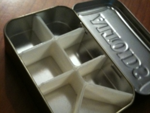7 Segment Divider - Altoids Tin - Daily Pill Container