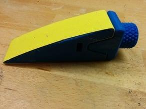 Wedge sanding tool