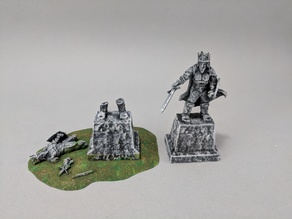 28mm King Statue