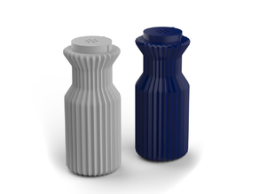 salt shaker / pepper shaker