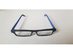 3D Printed Glasses with Replaceable Hinges
