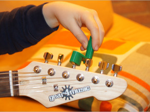 Yet Another Guitar string winder