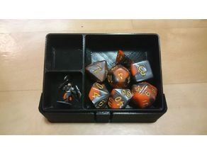 Carry case for 18mm D&D miniatures and dice