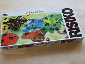 Risk pieces (Version Paker 1975)
