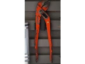 Water pump pliers holder