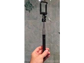 Selfie stick clamp