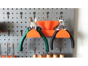Pliers Holder for Metric Pegboards