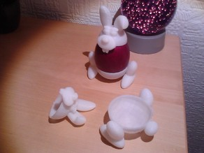 Easter egg cup holder
