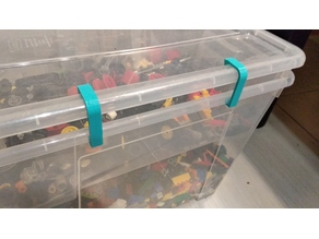 Lid clips for 2 IKEA SAMLA storeage boxes (first into second)