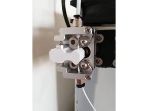 Geared extruder filament guide