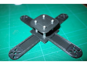 mini quadrocopter 90x90mm