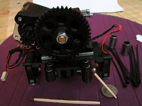 Accessible Wade extruder pusher