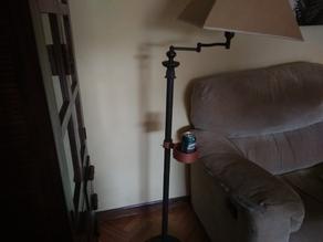 Floor lamp drink holder  / Sujetavasos para lámpara de pie