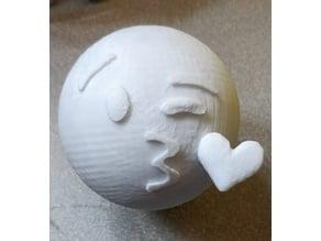 Emoji kiss